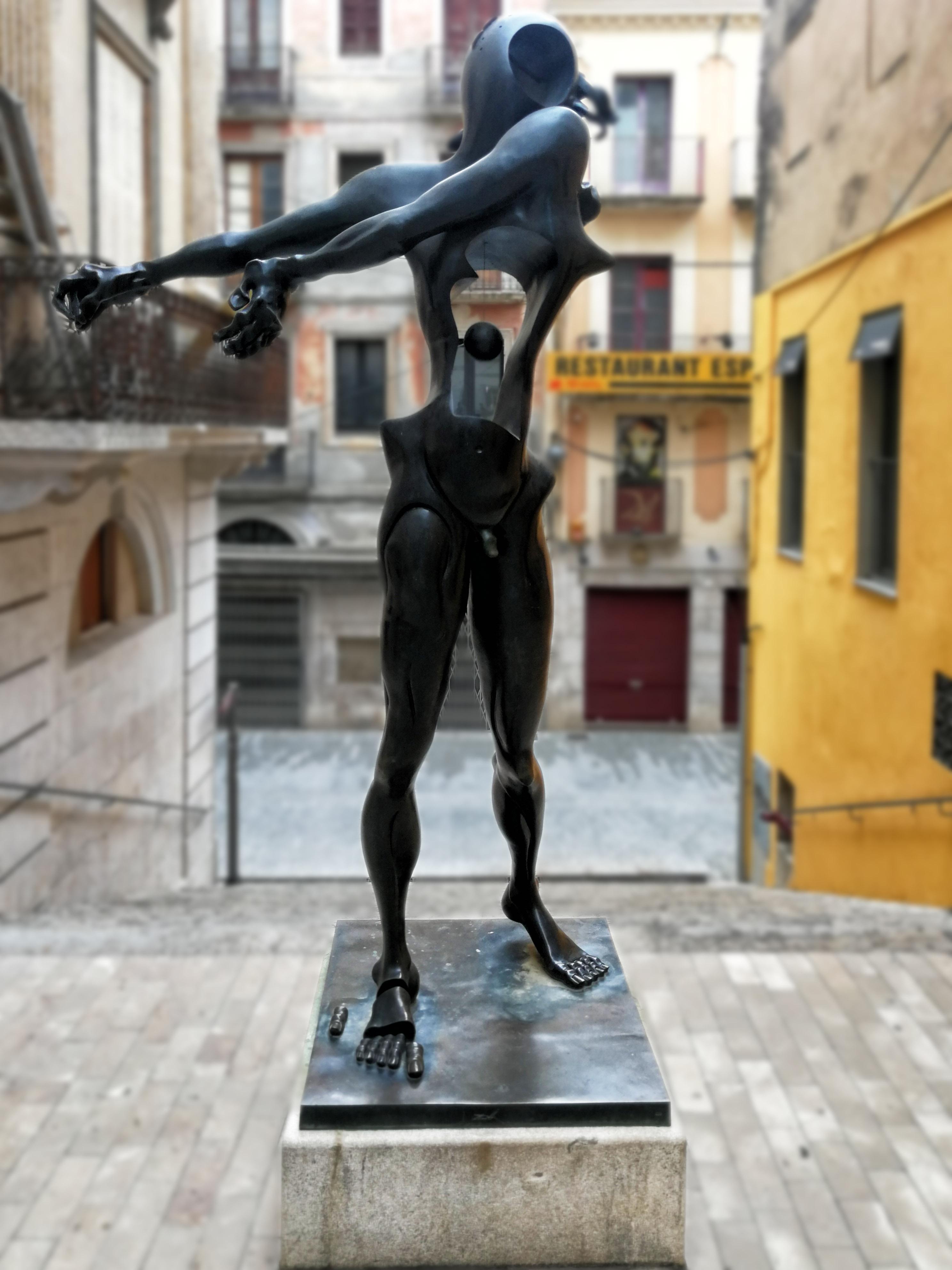 dali sculpture.jpg
