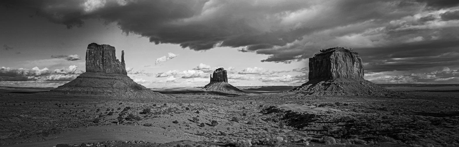 Monument Valley_edited.jpg